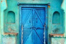 Doors / by Leighann Goodwin