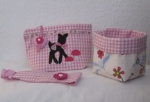 Pouches and Baskets / by Martina Kemenas