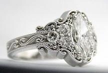 Vintage Style Rings / by u2 fan
