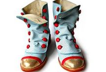 Shoes, never enough... / by Myriam Tijdink