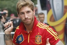 Sergio Ramos... / ...and other gorgeous guys / by Fabíola Lima