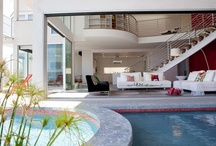 Architecture / by Caroline Hendricks