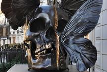 Crânes et Squelettes / Skulls and Skeletons / by ULTRO GOTHE