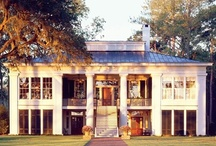 Beautiful Homes, Inside and Out / by Therese Harris