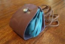 Bags & Purses / by Emel Odabası