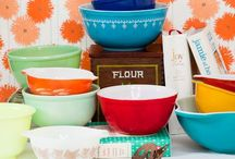 vintage kitchen: Pyrex, Fire King and other cool stuff / by Gillian Graham