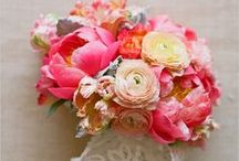 Wedding Flowers / by RealSizeBride RSB