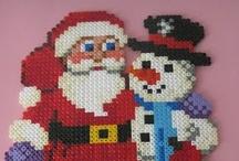 CHRISTMAS  / Weihnachten aus Bügelperlen - Hama & Perler beads / by Mutti Mamma