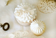 ♥Cupcakes & Muffins ♥ / by Pui Yie