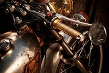 Motorcycles / by Daracana Auditore da Firenze