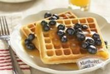 Flour Fixins / Blended just right, our all-purpose and self-rising #flour is a go-to #classic for fruit pies, waffles, fried chicken, quick loaves, and any other down-home favorites your heart desires! / by Martha White