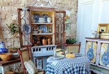Dollhouses, Room Boxes, and Shadow Boxes / by Patty Rothwell
