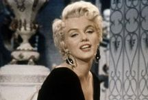 Marilyn Monroe / All things Marilyn Monroe - one of my favourite Hollywood actresses. / by Tracey Piriz