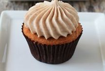 Food - Have Your Cupcake / And eat it too!  Fun ideas for cupcakes! / by Angie Vallejo