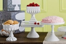 Party | Cake Stands / by Jessica |OhSoPrintable|