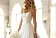 Wedding / Welcome to our wedding dress board.Wearing white wedding dress is a dream of all girls. And each girl has her unique wedding dress. You are likely to fail to find your own preferential dress in other places. while you can find it here. You can pin and repin any wedding dress picture you like here. / by Maureen Maureen