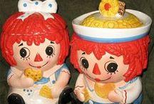 COOKIE JARS 2 / Various Cookie Jars and Biscuit Jars / by Susan Hutchings