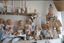 Les  poupées / by marie frigerio