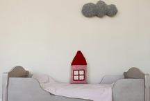 Home spaces / Rincones en casa / by helen m