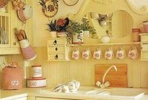 Kitchen Collection / Vintage & Retro Kitchen collection / by Veronica Romo