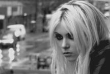 Taylor Momsen / by Velvet Panic