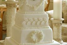 wedding cakes / by Janet Gibson