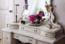 Vanity Tables & Dresser Sets / by Cindi Lou