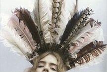 - - Feathers//Fashion inspo / by Katia Nikolajew // Bewolf Fashion