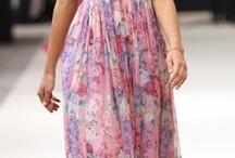dresses i think are pretty / by Sharon Shin