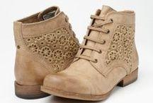 boots / by Sharon Shin