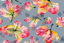 AA PATT : FLOWERS / by Maria Ines Gareca