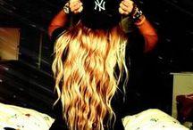 hair <3 / by Siofra Doyle