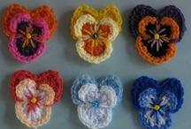 Crafty Flowers / by Polly O'Brien