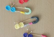 ◄Crochet accessories / Bookmarks  keychains  little bags... / by Pandora