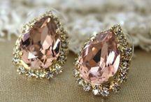 Diamonds are a girls best friend... / by Courtney Lamson Ralph
