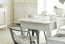 Kitchen & dining / by Monica Myrvang
