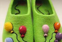 felting slippers/валяние. тапочки/ Šlepečių vėlimas/Filzen Hausschuhe / felting slippers/валяние. тапочки/ Šlepečių vėlimas/Filzen Hausschuhe / by bo bobik