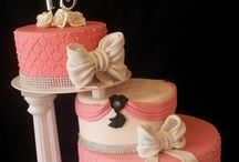 Have Ya Cake an Eat it.....! / Beautiful & Stunning cakes  / by Mandi May