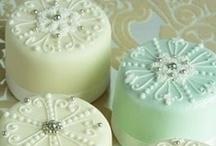 Cake Love! / by Kim Phillips
