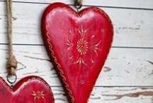 I Love Red / by Mary Flint Vandenabeele