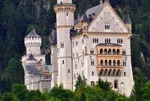 Castles/Cool Houses / by Mary Flint Vandenabeele