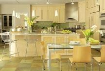 Home Decor-Kitchen / by Reneasha Deloach-McElhaney