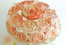 Flowery Themed Cakes  / Too pretty to eat...almost ;) / by Kelly Mezzaroba