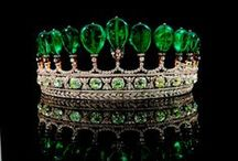 ♥ CROWNS, TIARAS AND JEWELS / by Sharon Richardson