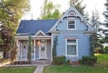 Folk Victorian Houses / by Alby Furlong