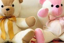 Doudous, poupées, jeux, couture pour enfants / by Marie Couture