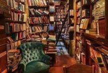 Books / by Giulia da Urbino