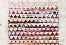 Weaving knitting crochet and textiles / by Giulia da Urbino