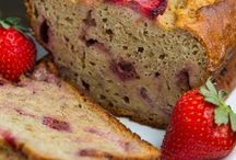 BAKING / Cakes, breads, muffins, cookies and such.. / by Kristen Joiner