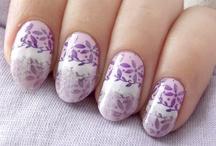Nails Book / Zobaczcie stylizacje paznokci stworzone nasze fanki na FB!  / by Golden Rose Polska